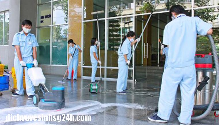 Dịch vụ vệ sinh nhà ở tại TPHCM giá rẻ