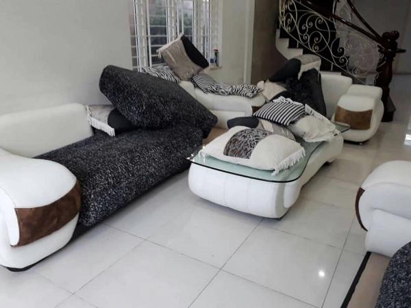 dịch vụ giặt sofa tại tphcm giá rẻ
