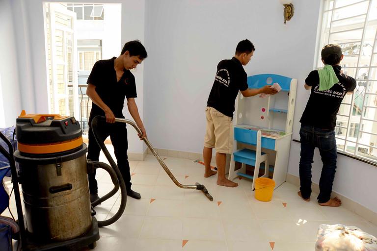 Dịch vụ vệ sinh nhà ở quận 5 Tphcm
