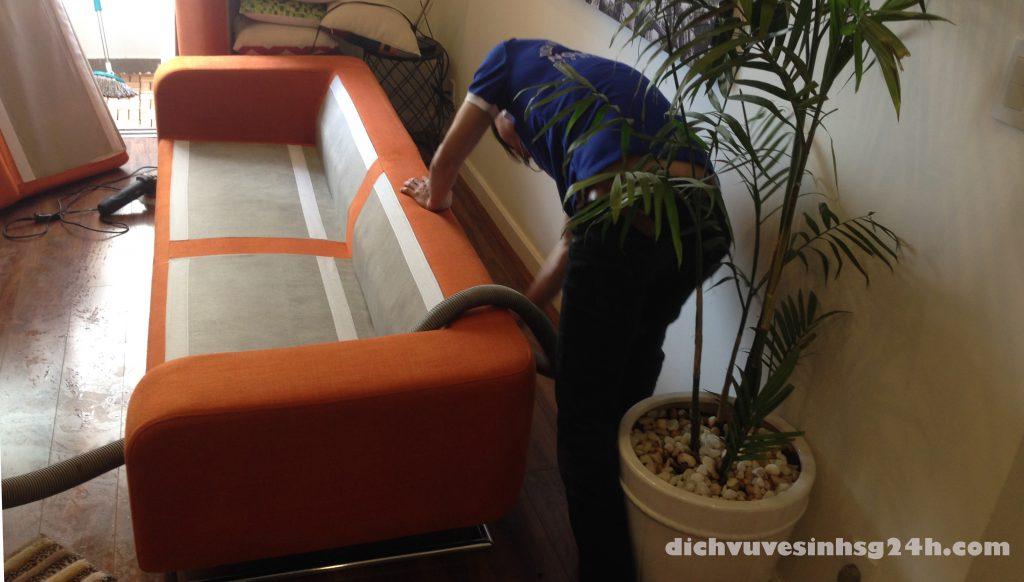 Giặt ghế sofa giá rẻ tại tphcm