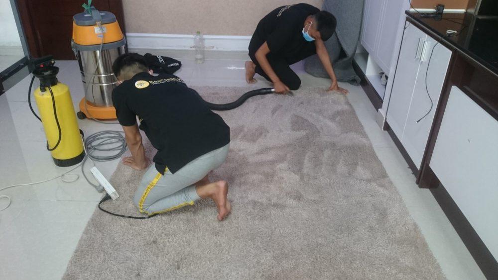 Dịch vụ giặt thảm tại nhà tphcm